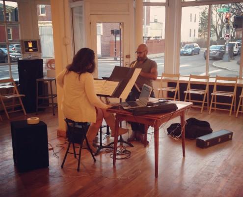 Köek Duo, saxophone, voice, and electronics